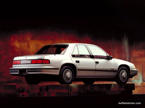 First- Here's that Lumina, like the one Ed Little had. I'd wait to see this car pull up to fine restaurants like Alice's Kitchen, Your Host, Grandma's Pancakes, and the Four Seasons.