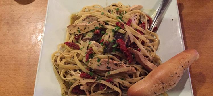 Bravo Chicken Pesto Fettuccine